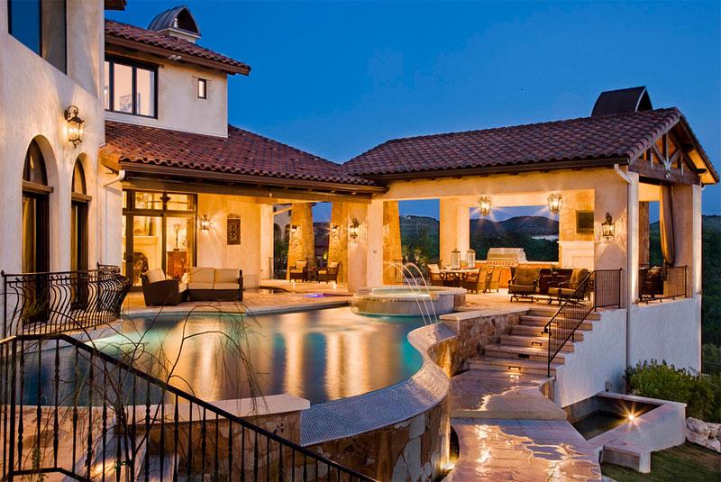 Elegant Pool Design