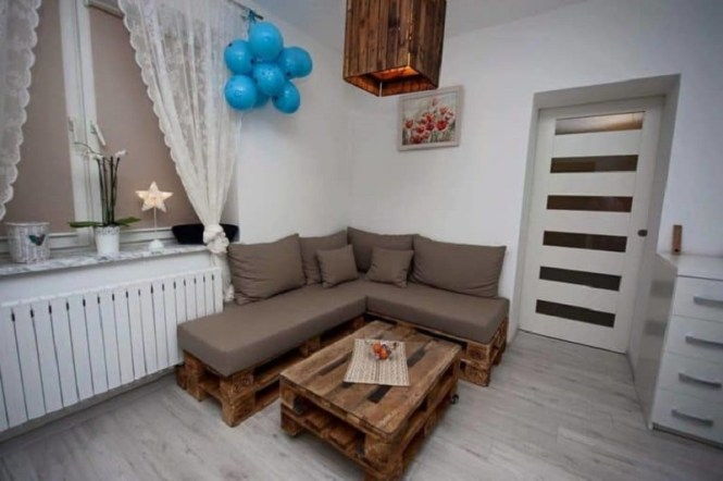 Pallet Sectional Sofa With Cushion