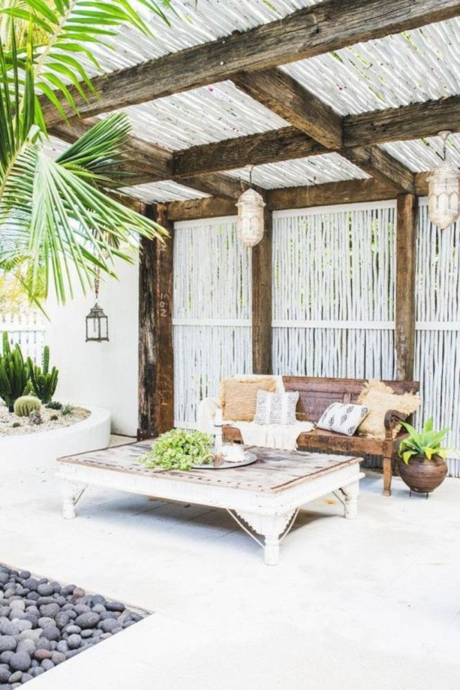 Welcoming Tropical Patio With Woven Lanterns