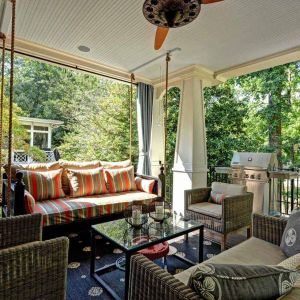 30 Delightful Porch Swing for a Cozy Fall Outdoor Relaxing Moment