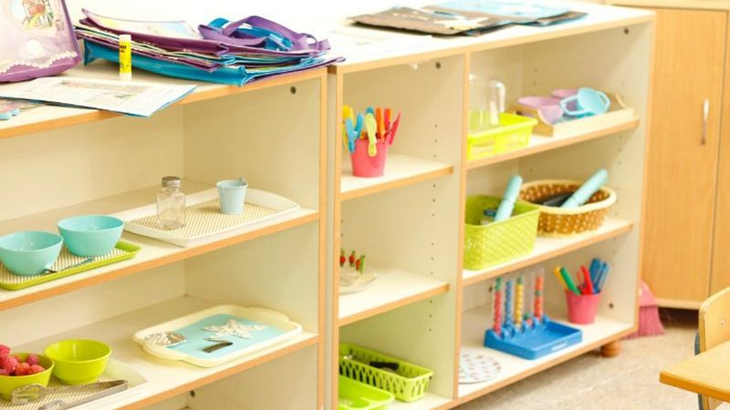 20 Creative DIY Classroom Extra Storage Ideas by Using the Recycled Material to be Environmentally Friendly