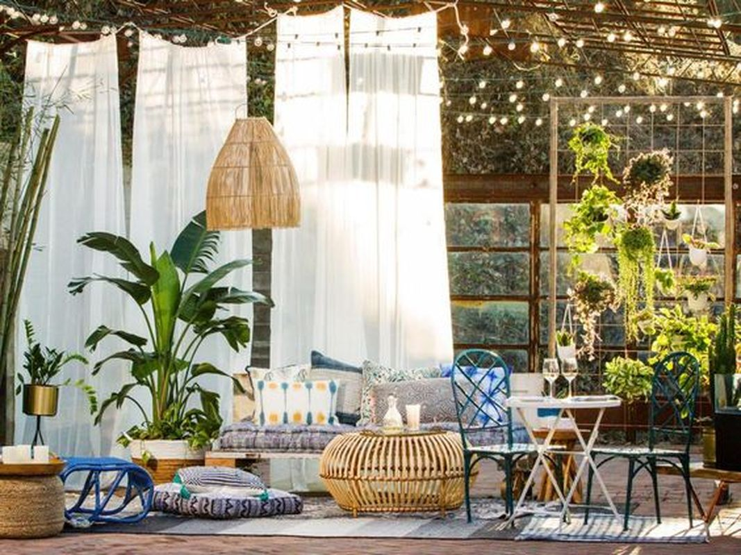 3 Tips to Transform Your Patio into Relaxing Space
