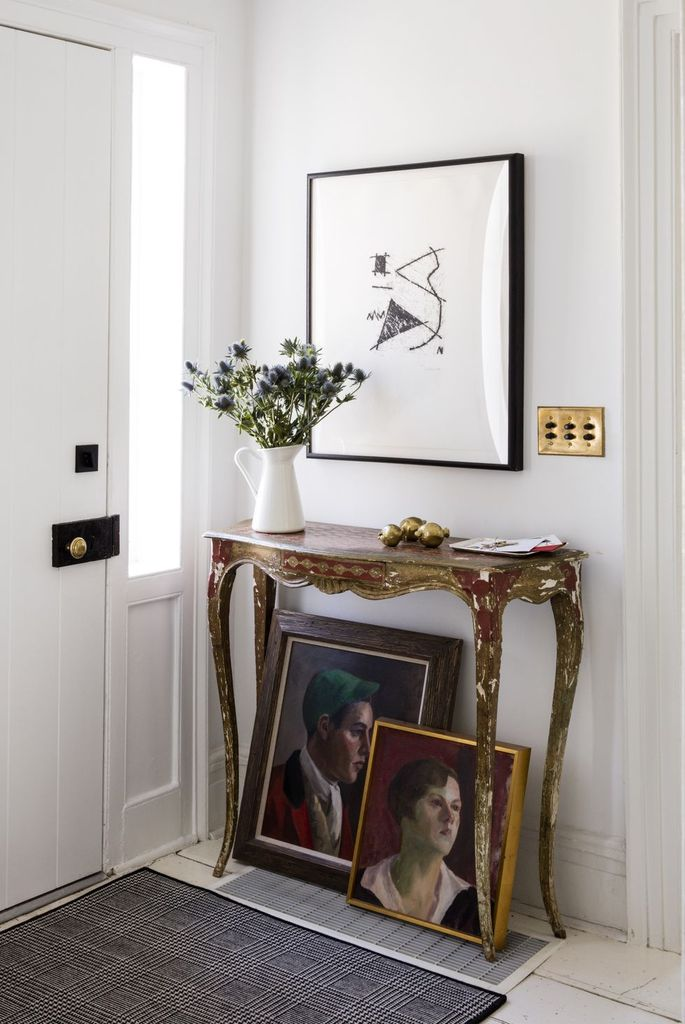 20 Aesthetic Wall Decor with the Wall Gallery Setting