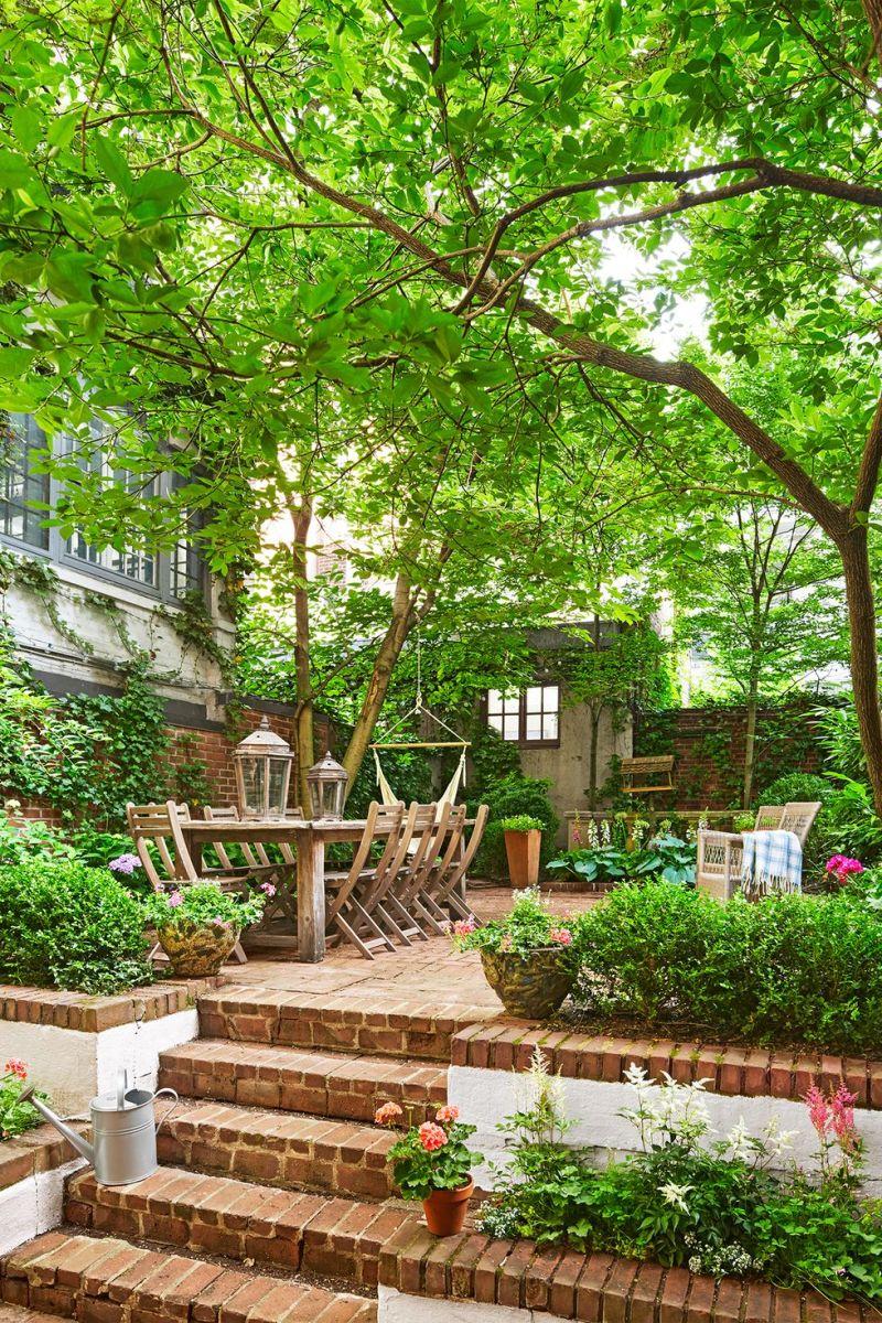 50 Cozy Garden Decoration Ideas To Chill Talkdecor