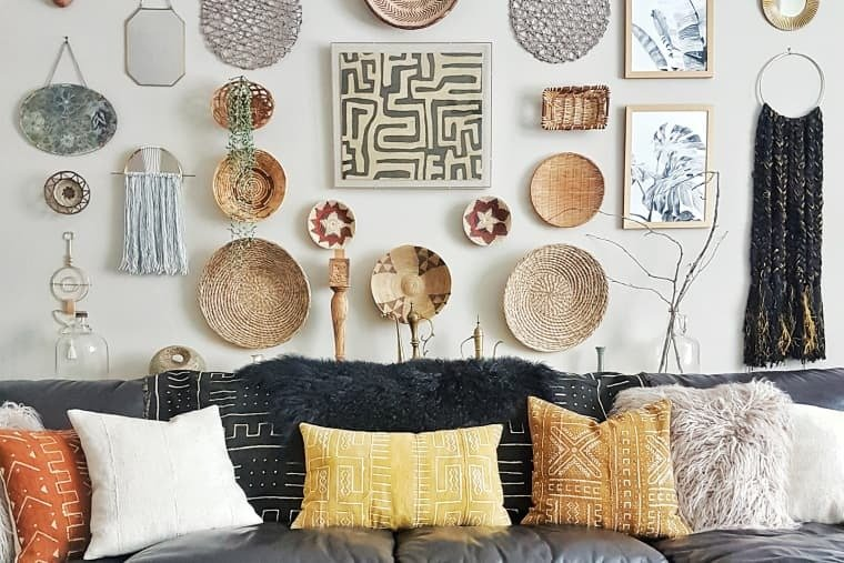 52 Pretty Things that You Can Apply into Your Walls