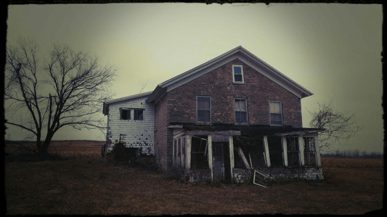Abandoned Farm: A Gallery of Photographs by George Payne