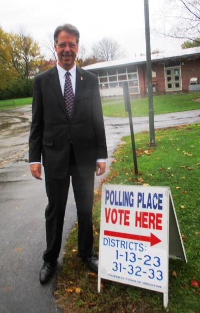 Brighton Town Superintendent William Moehle strongly considered John Anderson in 1980, be finally voted for Carter.
