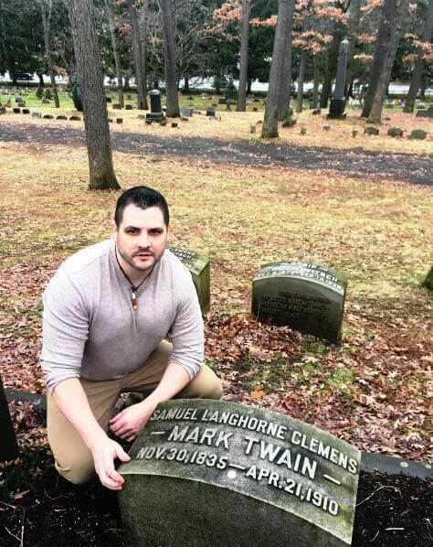 Twain on Religion: Asking the Ultimate Questions at Woodlawn Cemetery
