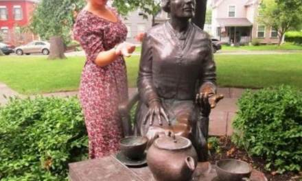 Tea Time With Susan B., Booker T. & Victoria, R.
