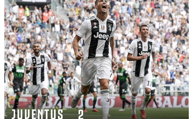 Juventus Vs Sassuolo 2 1 Highlights Video Download