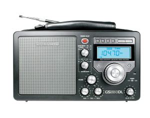 Radio de terrain Grundig / Eton S350 AM / FM / ondes courtes avec réveil