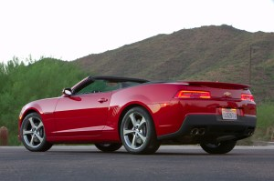 2015-chevrolet-camaro-ss-convertible-rear-three-quarter