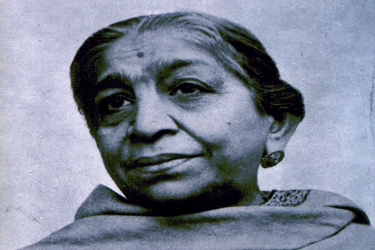 Sarojini Naidu Inspiring Quotes & Lines, We Miss You Mam