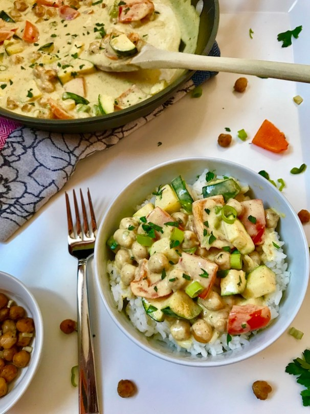 Vegetarian Curry Bowl with Chickpeas