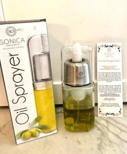 Sonica Organics Oil Sprayer allows you to use less oil by spraying it in an even and wide dispersion on pans, pots, or on food. It sprays out only what you put in, no added chemicals or toxins, or propellants as the store-bought aerosols have!