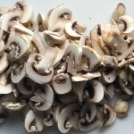 Sliced mushrooms for this Heavenly Mushroom Sauce Recipe. #vegetarian #healthydinner #dinnerideas #mushrooms