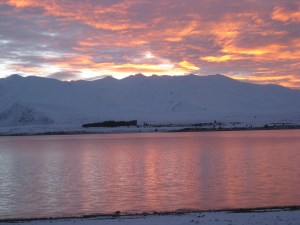5 am sunrise over Lake Tekapo