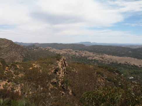 Hiking up Mount Ohlssen Bagge, Flinders Ranges, SA