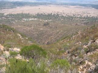 Hiking up Mount Ohlssen Bagge, Flinders Ranges, SA