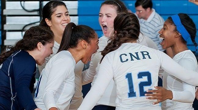 Women's Volleyball Runs Winning Streak to Eight