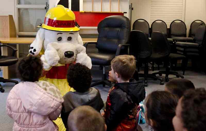 Lakenheath_preschoolers_enjoy_reading_time_with_Sparky_121011-F-EL833-021.jpg