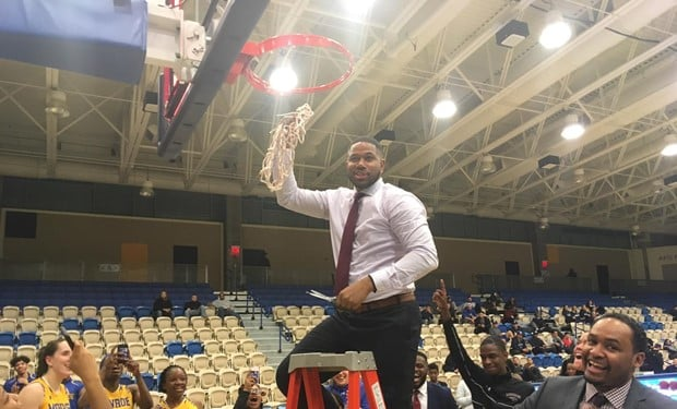 Women's Basketball Earns Trip to NJCAA National Tournament with District Championship Win.jpg