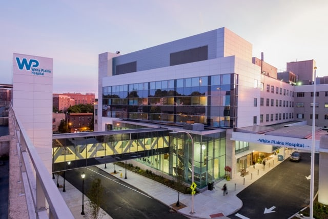 White Plains Hospital Neonatal Intensive Care Unit (NICU) Recognized With Gold Beacon Award For Excellence By American Association of Critical-Care Nurses