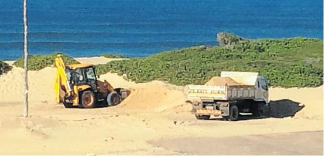 DUNES DESTROYED: A Cannon Rocks resident blew the whistle on mining of sensitive dunes by Ndlambe Municipality and Amatola Water in 2014. Ndlambe said it was to clear a parking lot and the sand was being used in the bulk water project. Picture: JON GOETSCH
