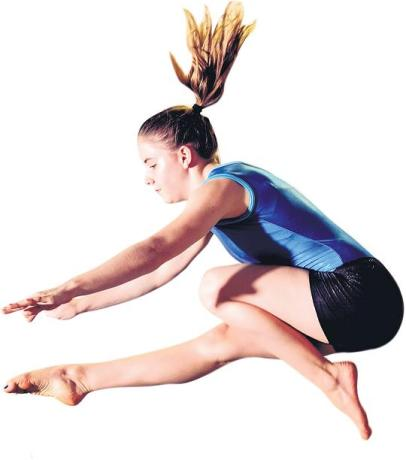 ART IN ACTION: Kayla Stiekema of Sunshine Coast Gymnastics has been named best senior artistic gymnast in the Eastern Cape for 2015. Picture: RAILTIME PHOTOGRAPHY