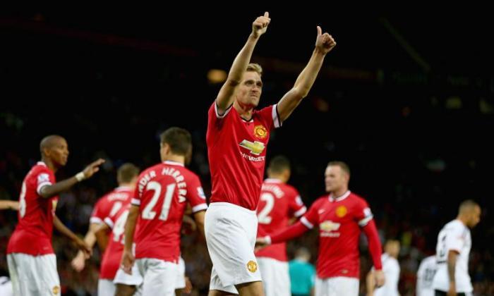 West Ham and West Brom received a boost in their pursuit of Manchester United midfielder Darren Fletcher after Valencia withdrew their interest in the Scottish international