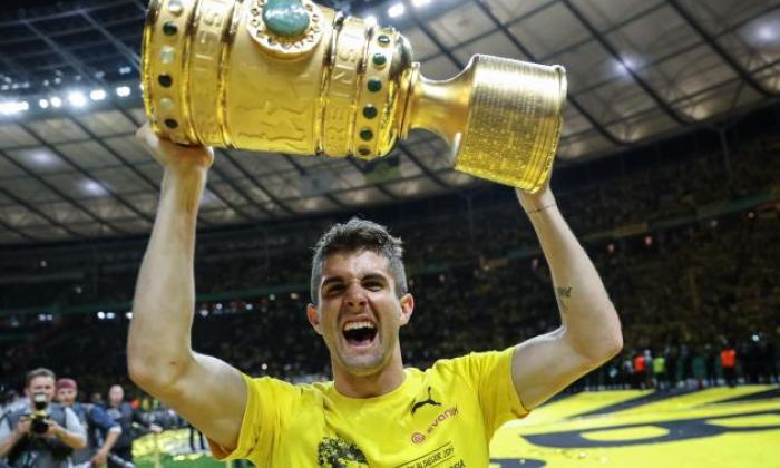Transfer report: Manchester United and Liverpool in battle to sign Borussia Dortmund starlet Christian Pulisic