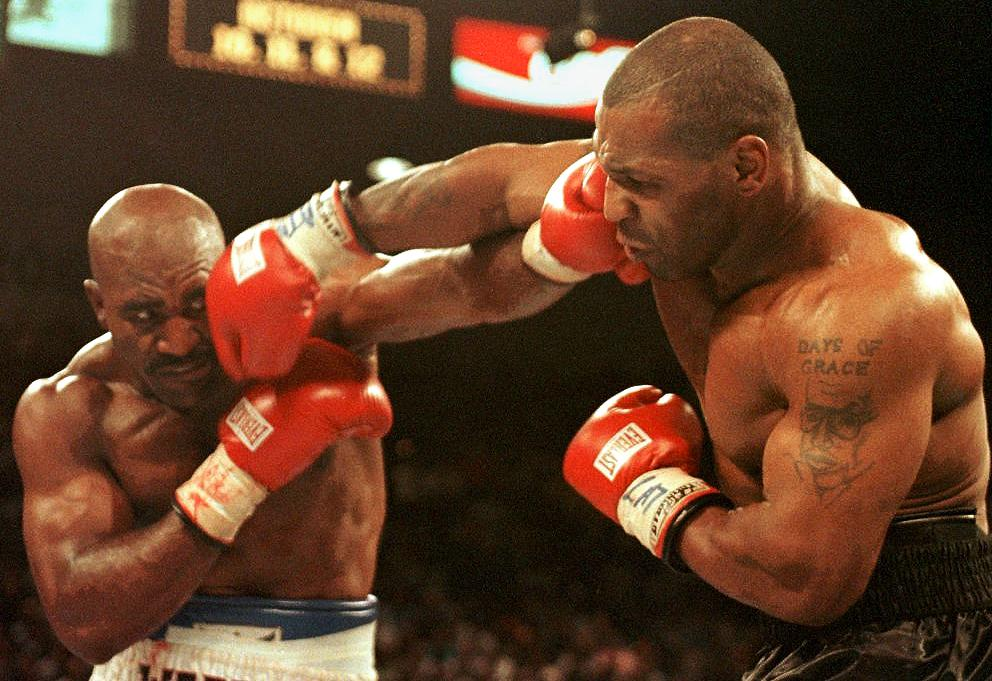 Evander Holyfield announces intention to fight Mike Tyson AGAIN as boxing legends plot comeback – 'It's the bo thumbnail
