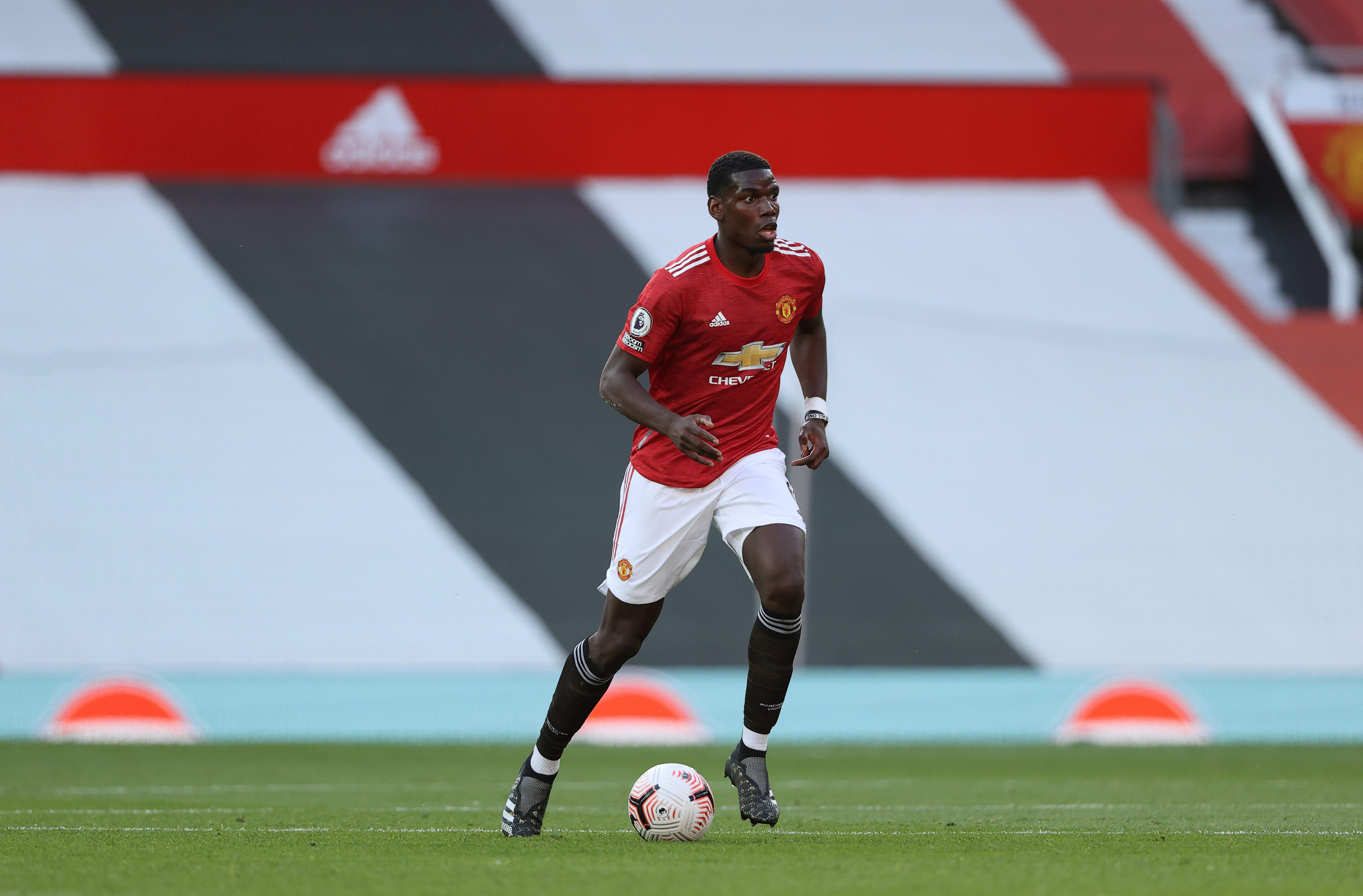 Paul Pogba wouldn't get into Liverpool's midfield, believes Danny Murphy, as Bruno Fernandes partnership at Ma thumbnail