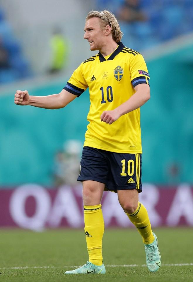 Forsberg pode jogar ao lado de Lewandowski no Bayern em breve, ou pode até ser seu substituto