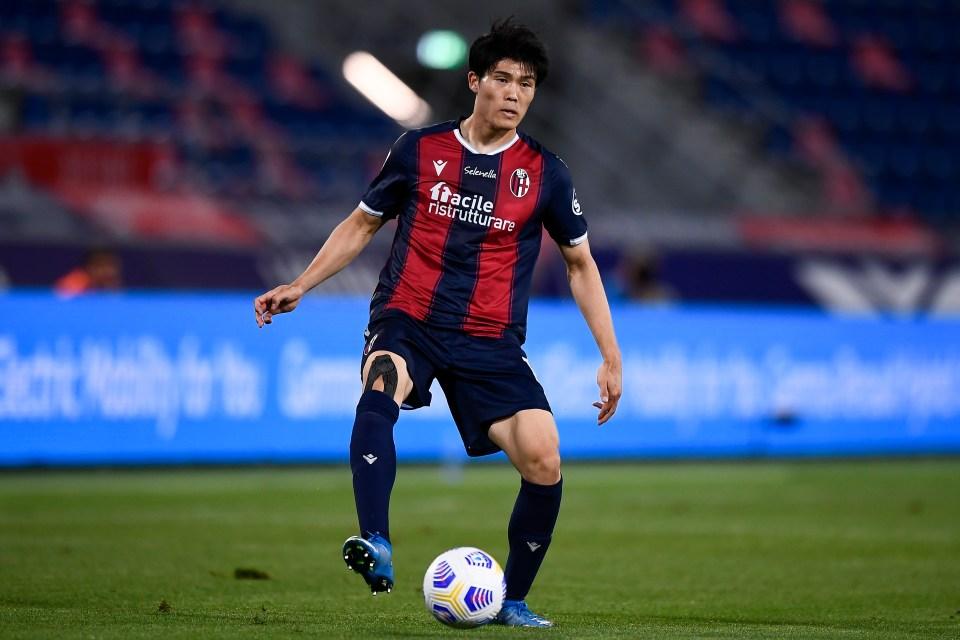 Tomiyasu could finally solve Tottenham's right-back problem
