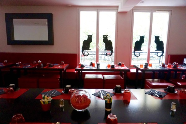 Chat Noir Design Hotel Paris