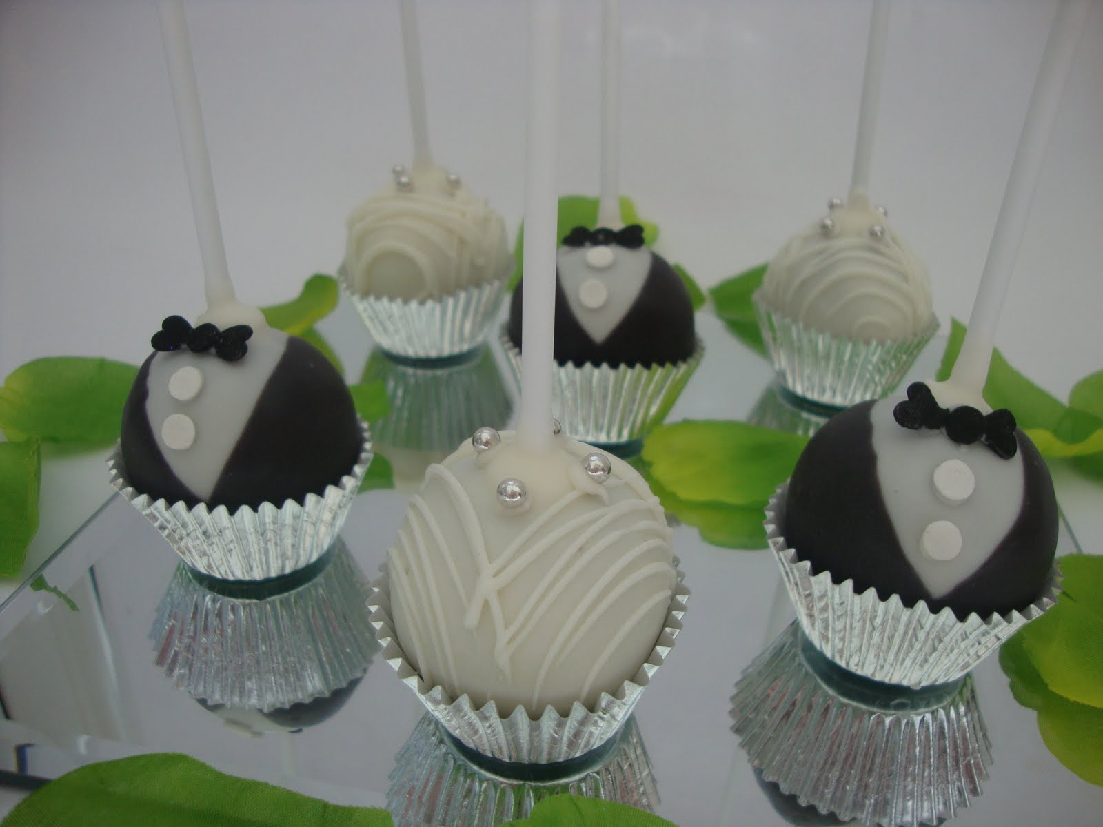 CAKE POPS  Welcome to Oyinkansolas Blog