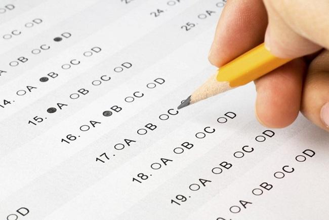 DeSantis Calls for Ditching Standardized Tests