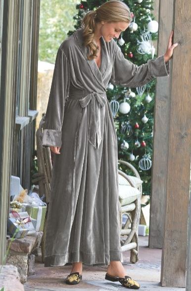 Women's Tall Pajamas & Robes