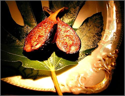 sliced negronne fig