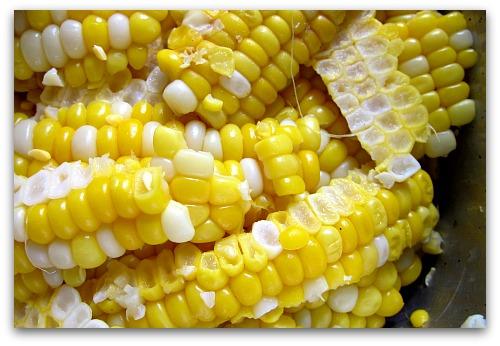 best way to cut fresh corn off the cob