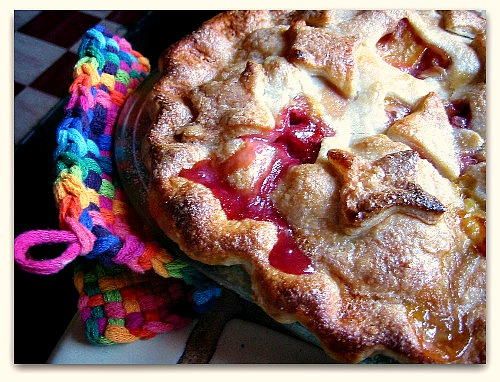 Peaches and Cream Pie: Happiness by the Slice