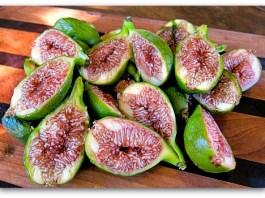 desert king figs sliced