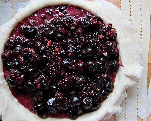 orange peels in blackberry pie