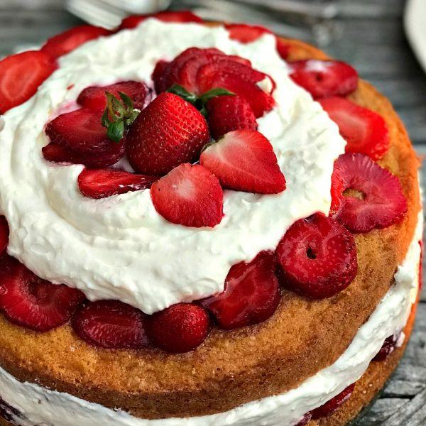 Victoria Cake Without Whipped Cream