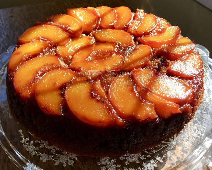 peach upside down cake dessert