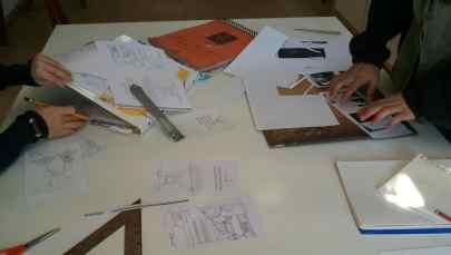 Preparación de la maqueta, alumnos curso de ilustración 4 Pintors
