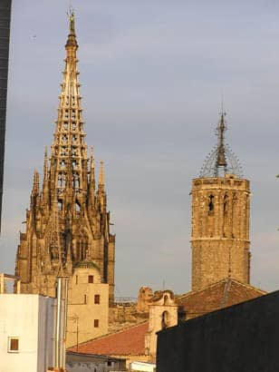 Barcelona Cathedral view from Taller de 4 Pintors