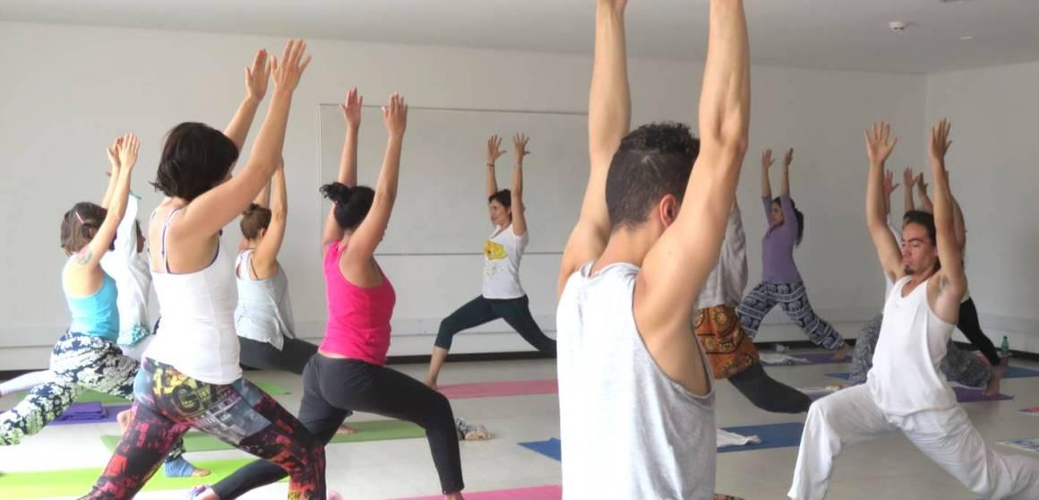 anatomia yoga prevención de riesgos