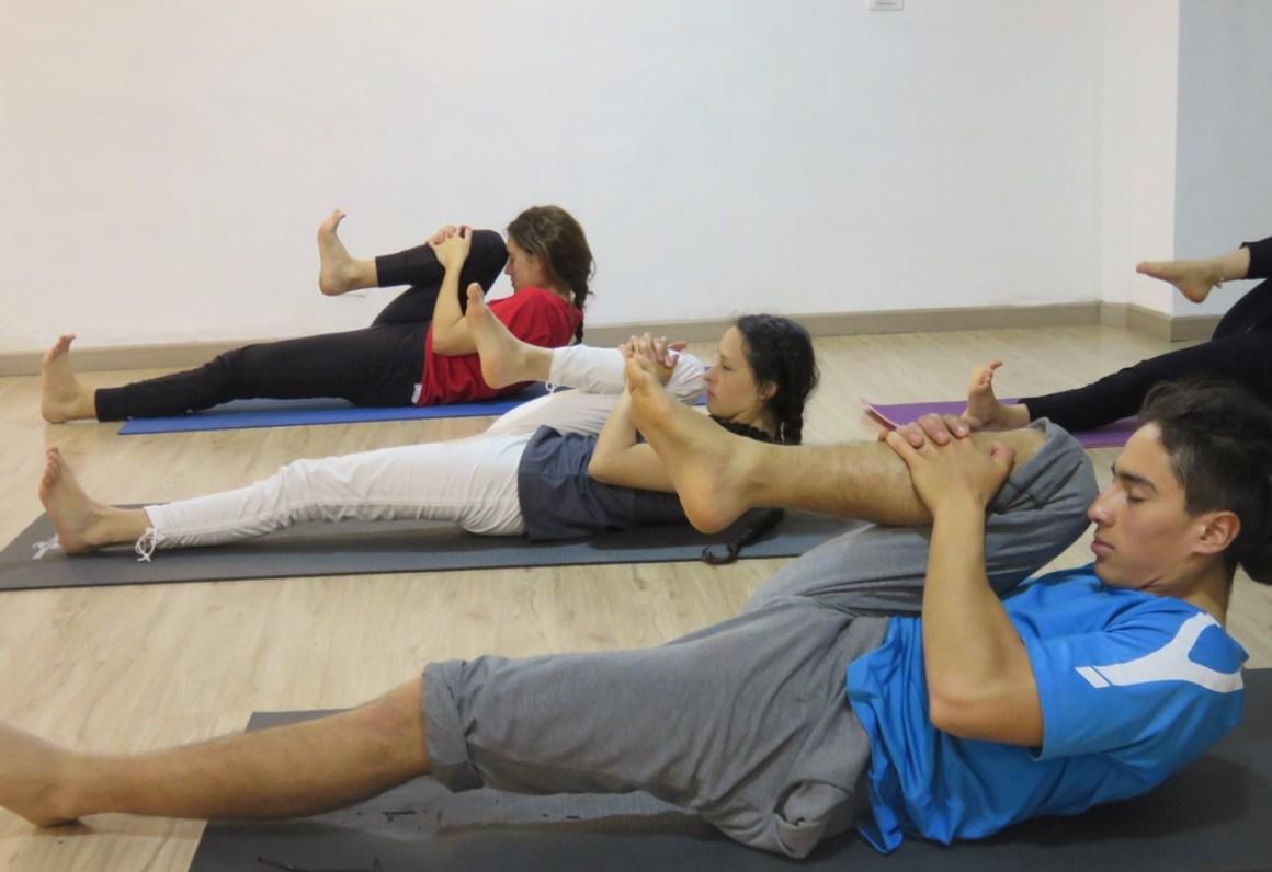 Secuenciar posturas de yoga